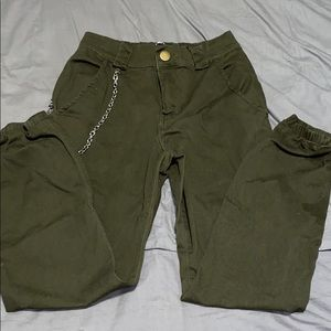 Army green cargo pants with chain